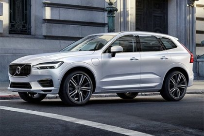 Volvo XC60 T8 Twin Engine AWD Momentum T8